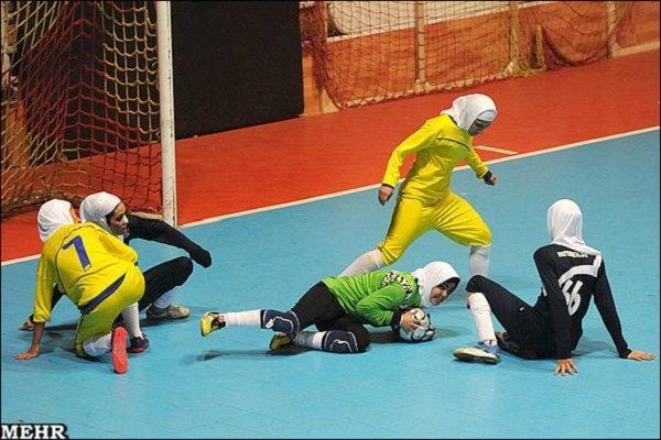 سپیدرود صدر جدول را از دست داد، پیروزی دختران کرمان با 10 گل