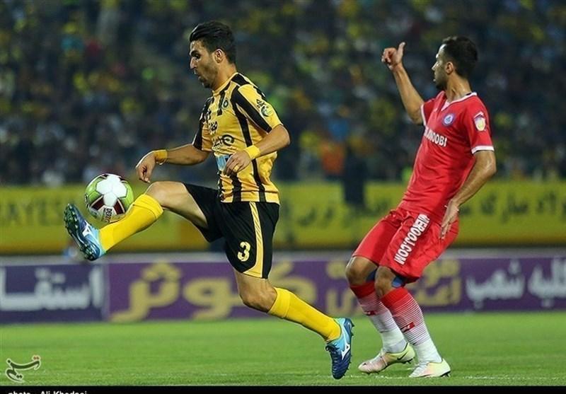 جام حذفی فوتبال، تساوی سپاهان و نساجی در نیمه اول