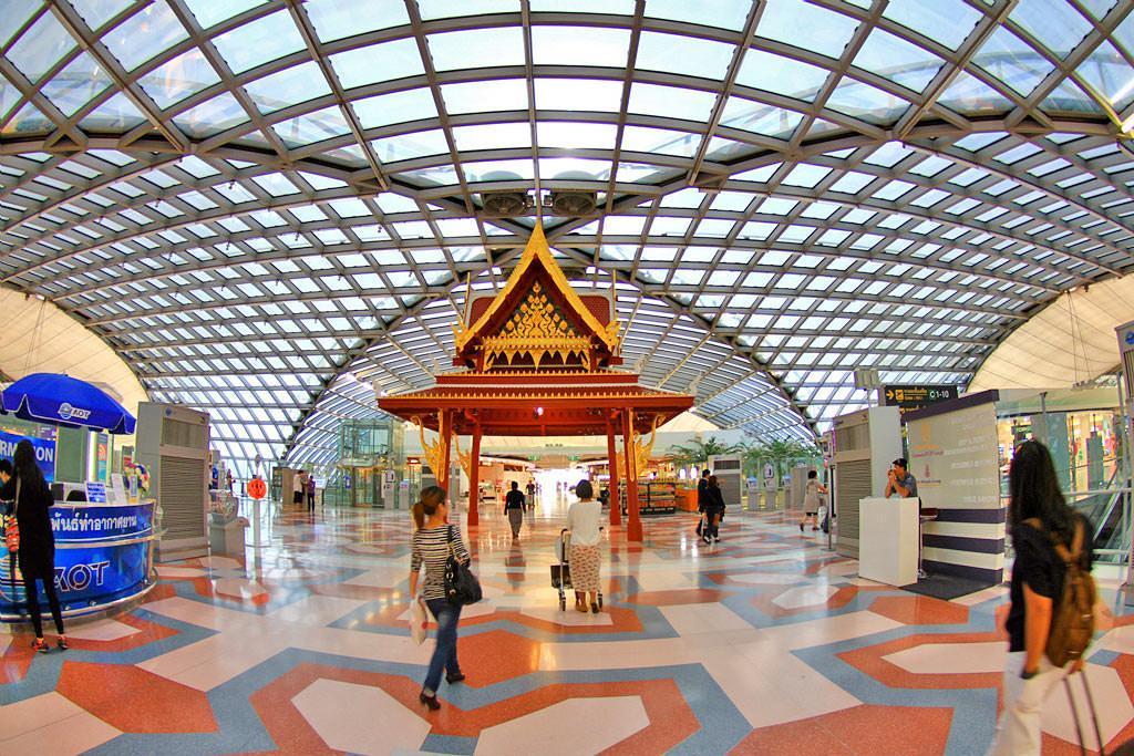 فرودگاه بین المللی سوارنابومی بانکوک