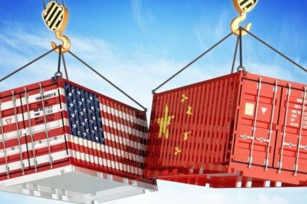پمپئو: به موفقیت مذاکرات تجاری آمریکا با چین خوش بین هستم!