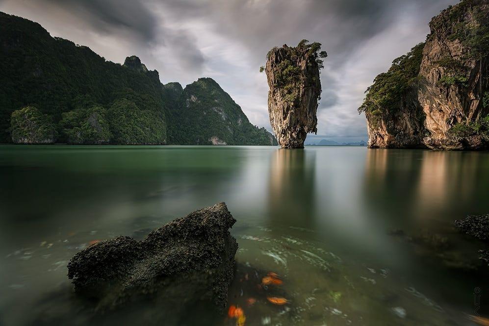 صخره های کله قندی در خلیج فانگ نگا پوکت