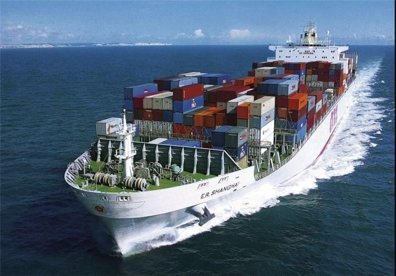 ادعای رویترز: کشتی های ایرانی به سوی یک کشتی باری با پرچم سنگاپور شلیک کردند