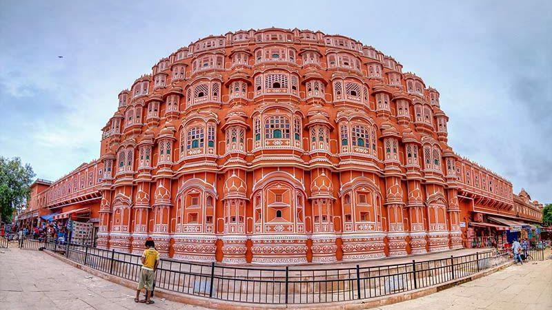 قصر هوا محل، شاهکار صورتی هند