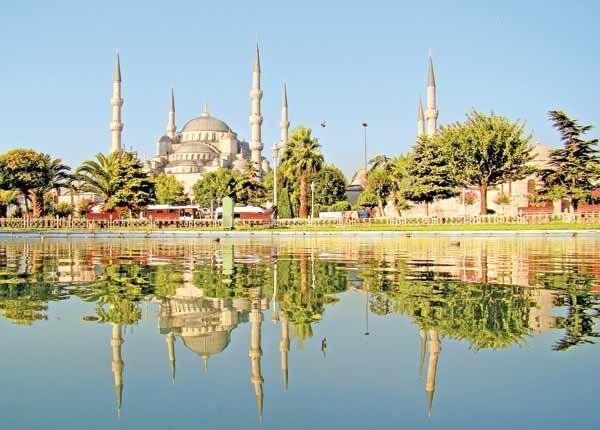 فروش ساندویچ ماهی مشهور استانبول متوقف شد ، گردشگران اعتراض کردند