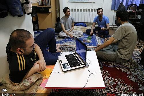 شرایط خوابگاه های دانشجویی دانشگاه شهید چمران اهواز مساعد است ، مشاوران با دانشجویان در ارتباط هستند