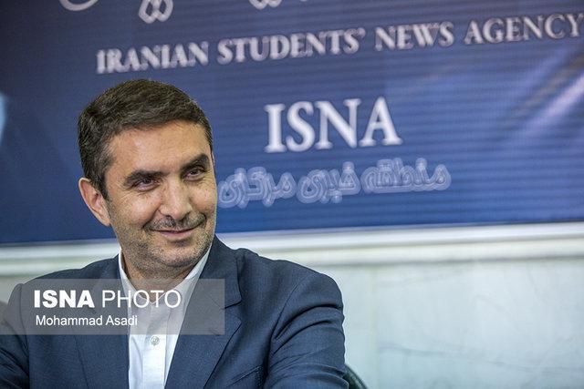 استاندار مرکزی 20 سالگی خبرنگاران را تبریک گفت
