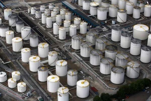 تصاویر ماهواره ای مخازن نفت چه می گویند؟ ، نفت شاید به منفی 100 دلار برسد
