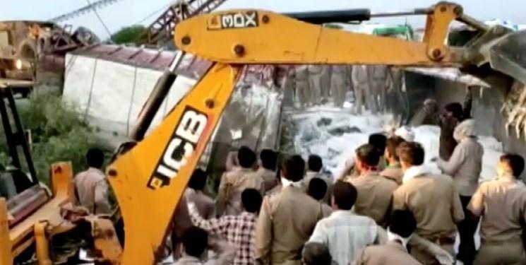 تصادف کامیون حامل کارگران مهاجر در هند 24 کشته بر جای گذاشت