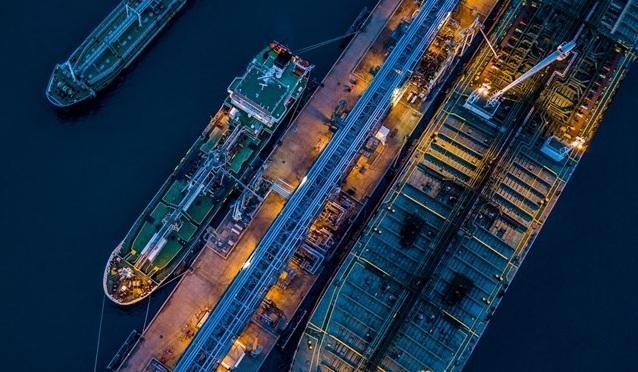 تمام مخازن نفت ایران پر شده است، صادرات روزانه 273 هزار بشکه ای ایران در ماه ژوئن