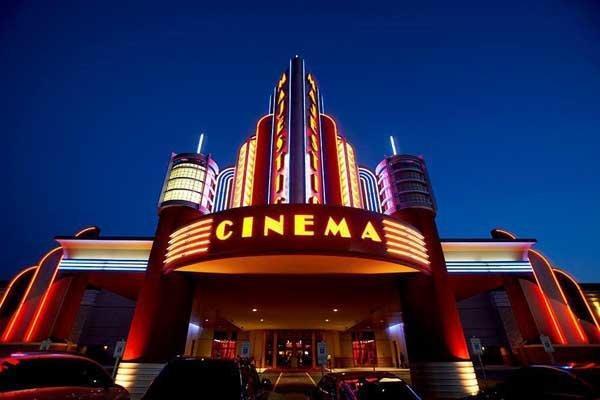 سینما های بارسلون دوباره تعطیل شد