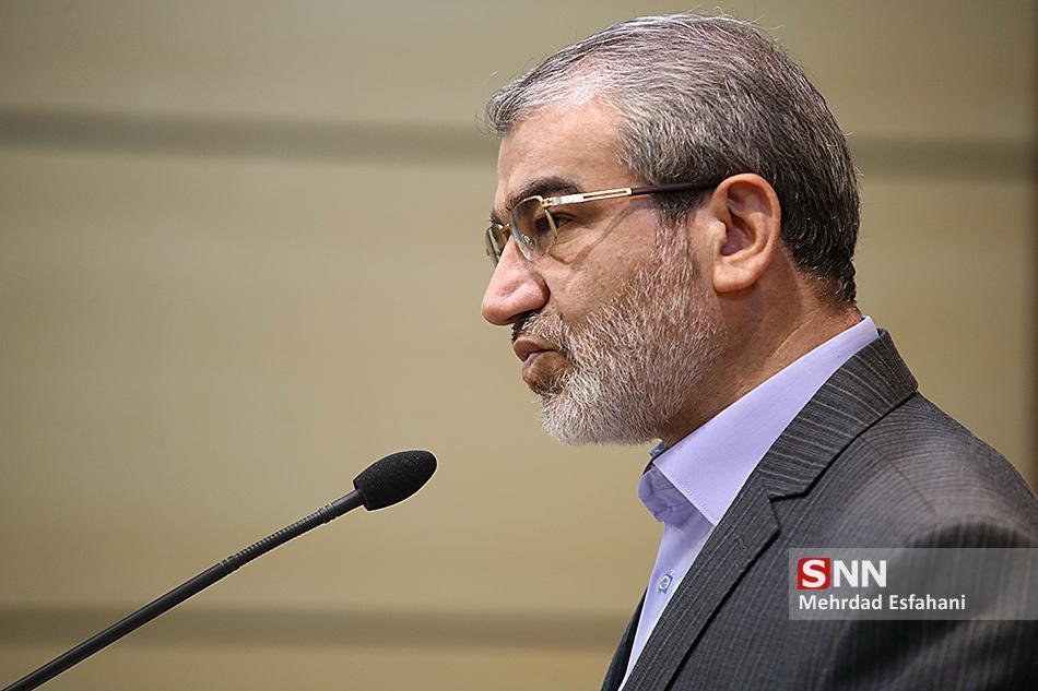 کدخدایی: گاو شیرده منطقه تمدید تحریم تسلیحاتی ایران را خواستار شده است، التماس به بیگانه راه کار حل مسائل نیست