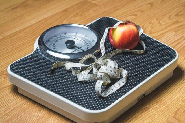 سنجش BMI بیش از 60 درصد دانش آموزان، امکان اندازه گیری قد و وزن فرزندان در منزل