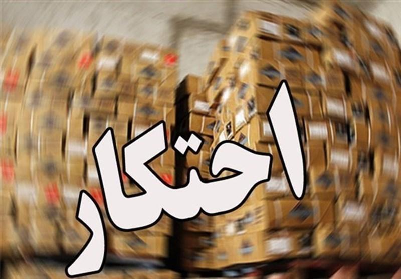 کشف انبار احتکار مواد غذایی و پوشک بچه در شیراز