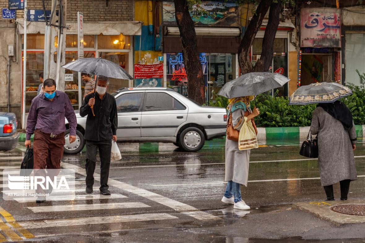 خبرنگاران بارندگی، رعد و برق و برف در سه نقطه از کشور ادامه دارد