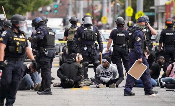 اخراج افسر پلیس اوهایو بخاطر به رگبار بستن مرد سیاهپوست