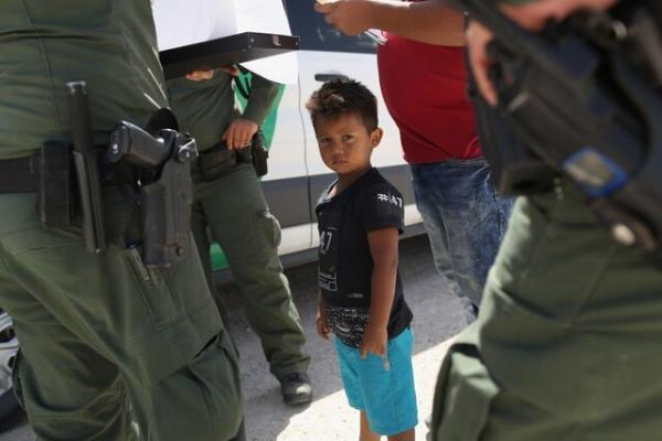 پلوسی: سیاستهای ترامپ مقصر بحران فعلی در مرز با مکزیک است