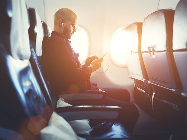 در سفر با هواپیما چگونه رفتار کنیم؟