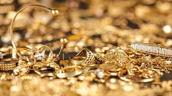 چگونه طلا را تمیز کنیم؟