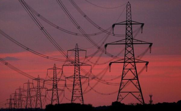 اصفهان حدود 2 هزار مگاوات کمبود فراوری برق دارد