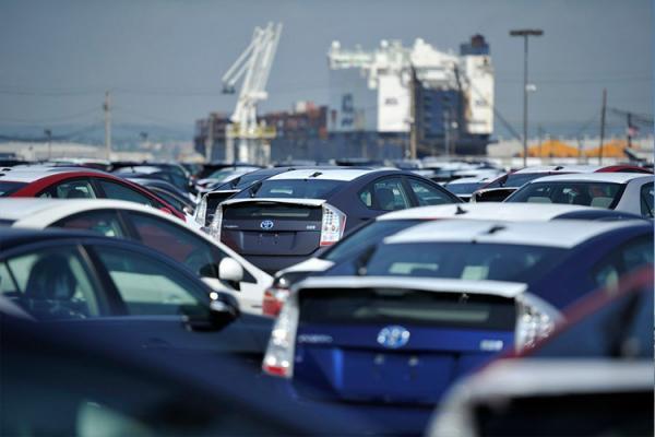 دلایل مخالفت شورای نگهبان با واردات خودرو