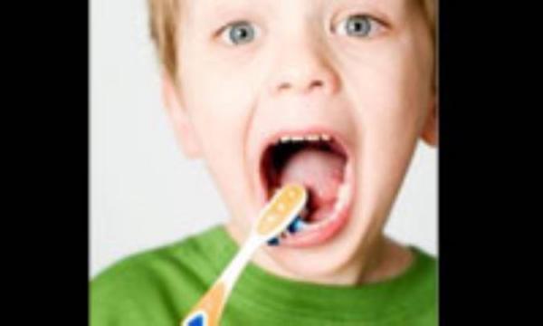 اثر تغذیه بر سلامت دندان های دانش آموزان